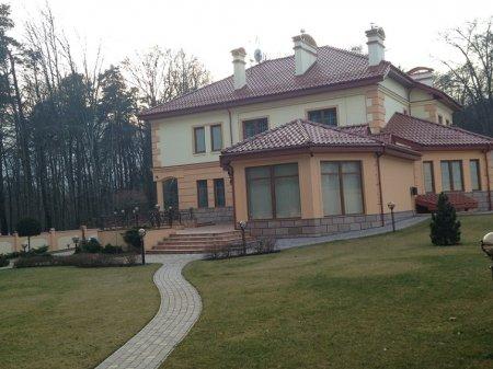 Pisnyi-Vasyl-villa2