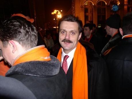 """""""Помаранчевий"""" Андрій Деркач після перемоги Ющенка"""