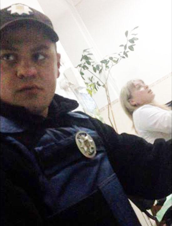 police-napad-avto1